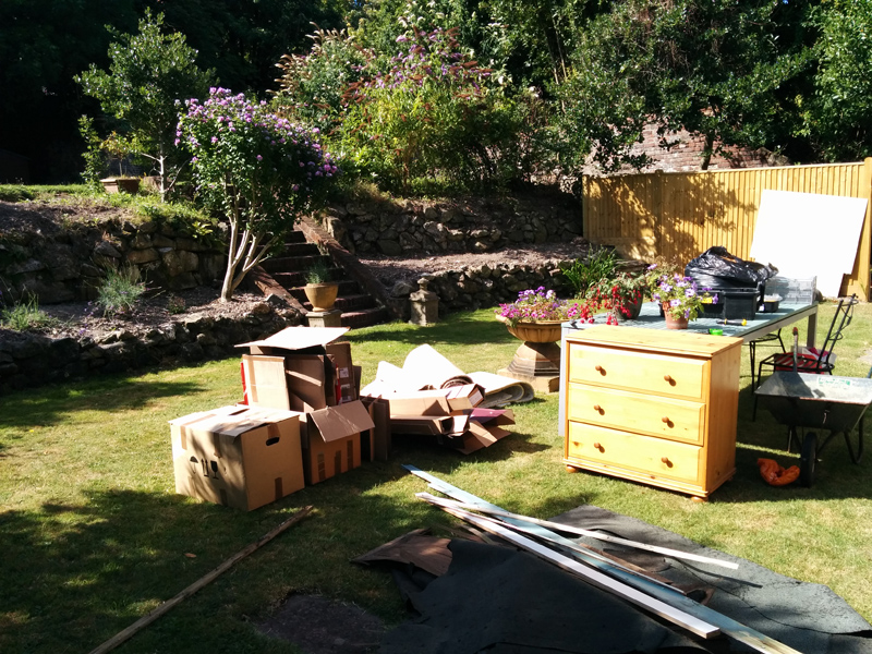 contents-of-summerhouse