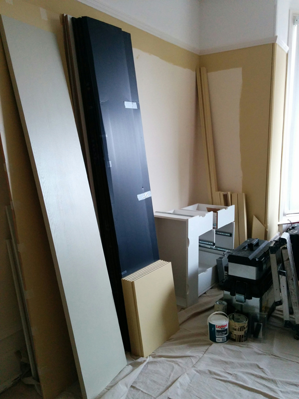 wardrobe in pieces