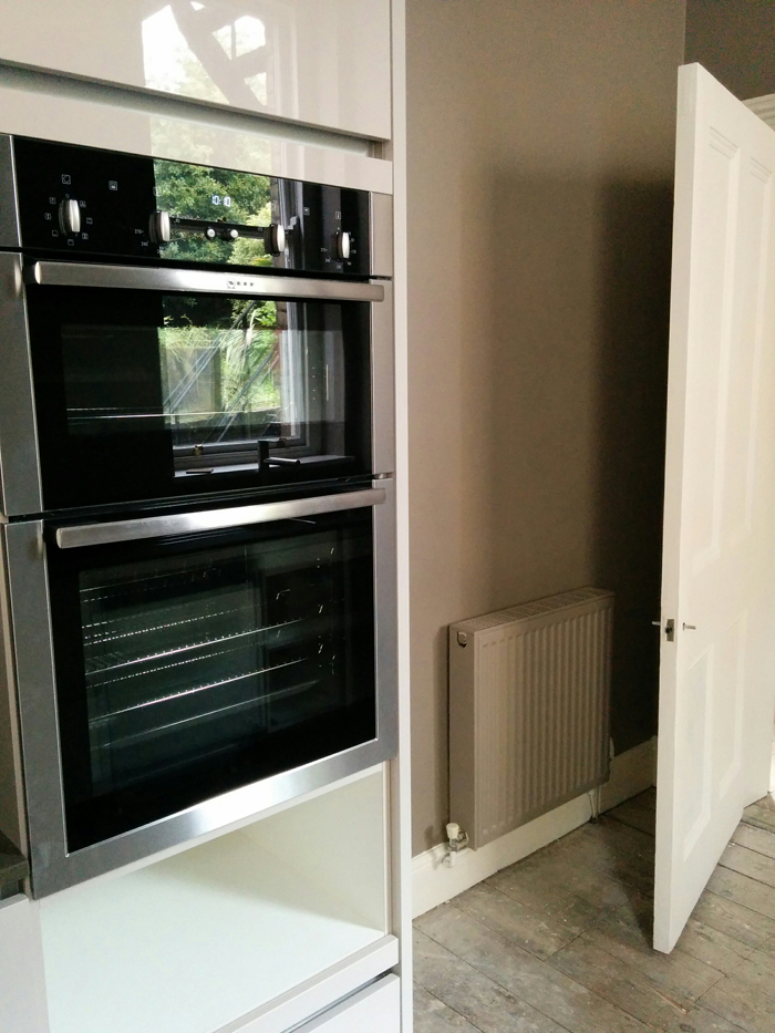 Double oven and Charleston Gray wall