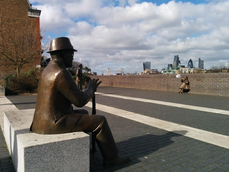 Albert Slater statue