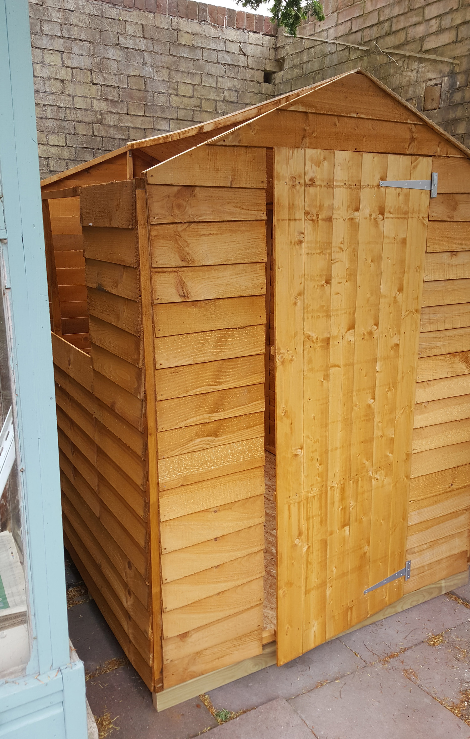 new shed - shell done