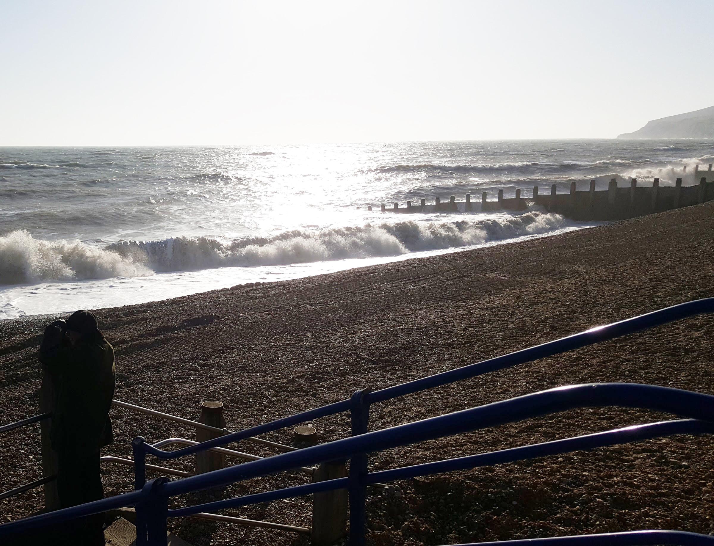 surf look west blue sky beach boat | An Eastbourne Diary