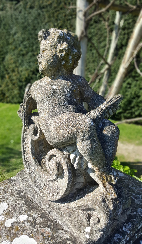 garden-cherub